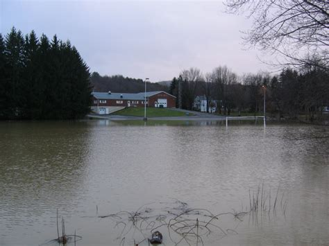 Garden Center Vestal Ny Flood April 1 3 2005