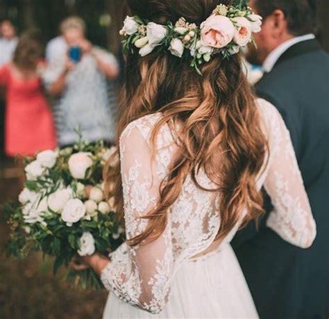 Wedding Hair With Flowers by Best 25 Flower Crown Wedding Ideas On Wedding