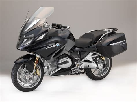 Bmw Motorrad R1200rt by 2018 Bmw R 1200 Rt Buyer S Guide Specs Price
