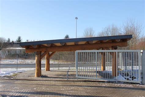 naturstamm carport auto unterstand aus naturstamm weather roof mehrer