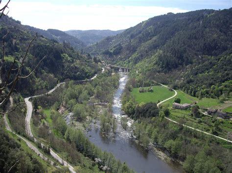 la valle des poupes photo la vall 233 e de l eyrieux