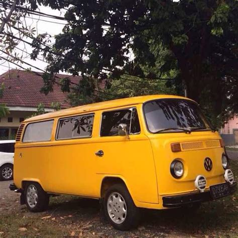 volkswagen kuning vw kombi 1977 akhir kuning kinclong menantang lapak