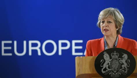 Mudanã As No Calendã De Vacinaã ã O Primeira Ministra Brit 195 162 Nica Mant 195 169 M Calend 195 161 Do Brexit