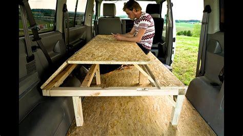Bett Tisch by T4 Projekt Cervan Bett Tisch