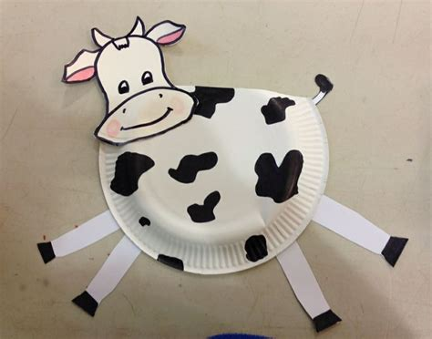 Cow Paper Craft - paper plate cow craft things to do with