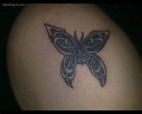 tattoo butterfly man 32 best butterfly tattoos on men images on pinterest