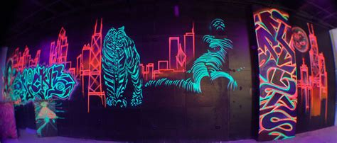Black Light Paint For Walls by Blacklight Wall Paint 6 Black Light Wall Paint