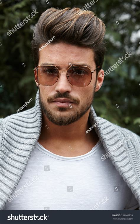 what does mariano di vaio use to fix his hair milan february 27 mariano di vaio stock photo 257668159