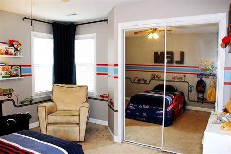 toddler car themed bedroom car truck theme toddler room ideas a space to call home
