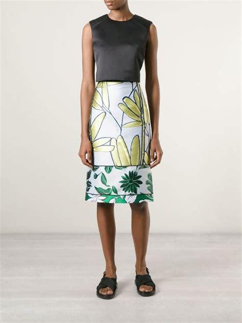 pencil skirt by marni an ideal choice for news am