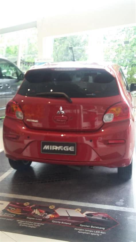 Mobil Mitsubishi New Mirage Exceed new mirage exceed dp 14 5juta mobilbekas