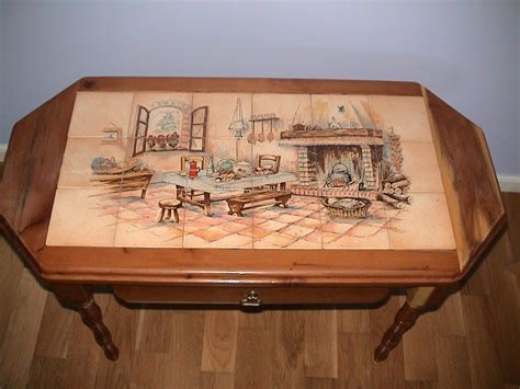 table carrelage table de salon en if avec tiroir fresque carrelage