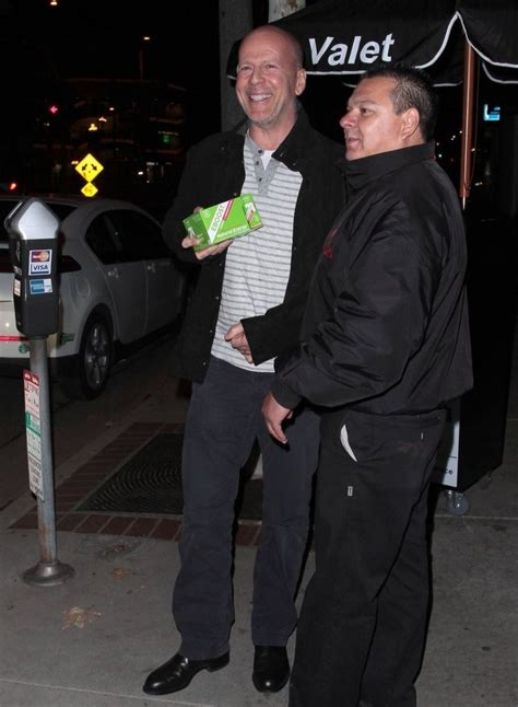 Is Bruce Willis Going Out With by Bruce Willis Photos Photos Bruce Willis Out To Dinner In