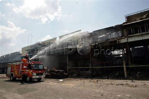 Tomcat Besar Nyanyi Dan toko emas di pasar baru hangus terbakar