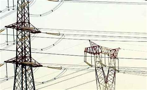 tralicci alta tensione black out elettrico e stop all acqua disagi la provincia
