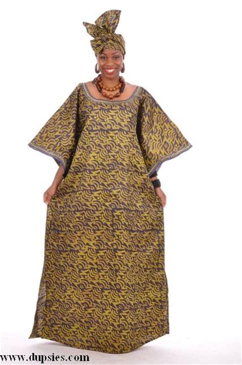 necklaces on traditional nigerian attires nigerian traditional attire traditional african clothing