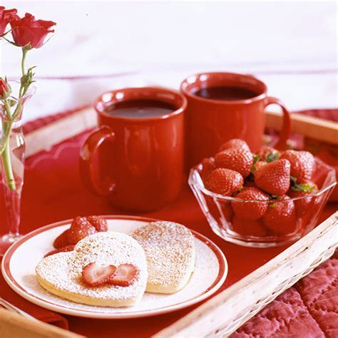 Heart y Valentine's Breakfast Ideas   Hallmark Ideas