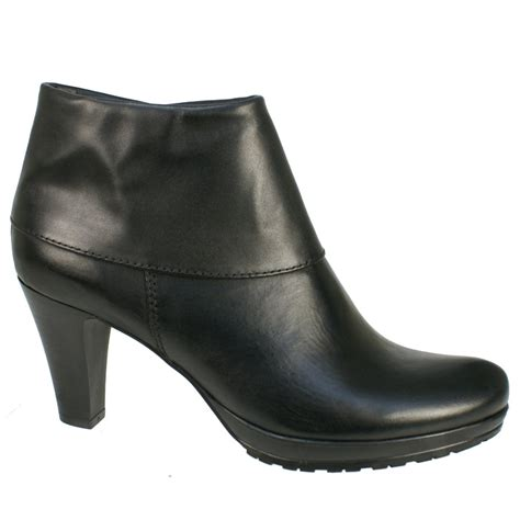 black s boots tamaris 25460 s black boots free delivery at shoes