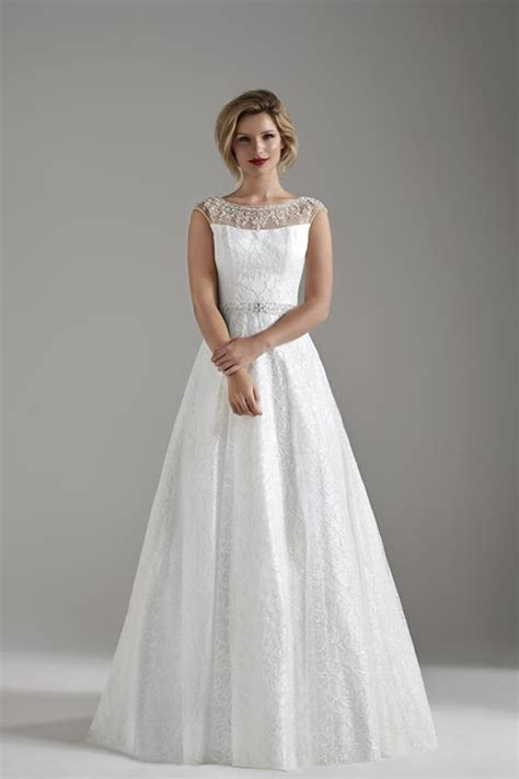 Wedding Dresses Omaha omaha wedding dress from opulence hitched co uk
