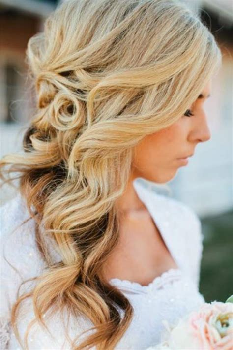 Wedding Hairstyles For Hair That Doesn T Curl by How To Wear Curly Hair Wedding Hairstyle