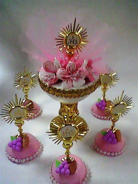 adornos hechos en fomy para primera comunion recuerdos para primera comunion en foami buscar como hacer adorno para comunion buscar con comunion communion