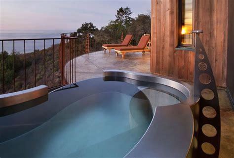 jacuzzi bathtub hotels 5 hottest hot tub hotels orbitz