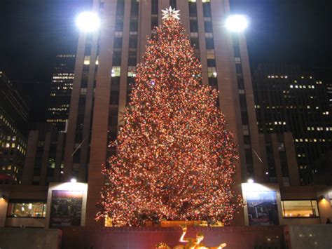 going green er rockefeller christmas tree will light up