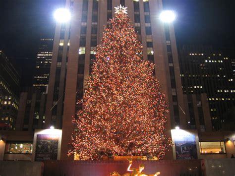 going green er rockefeller christmas tree will light up