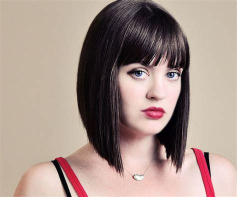 hair styles with slanted fringes hairstyles medium length angled bob with fringe