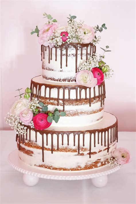 Hochzeitstorte Weiß by Charmant Wei 195 E Hochzeitstorten Mit Frischen Blumen Fotos