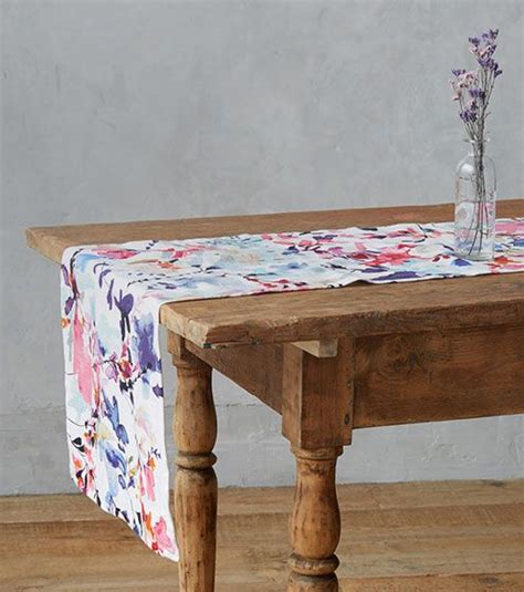 what is table cloth table linen shop tablecloths placemats runners at