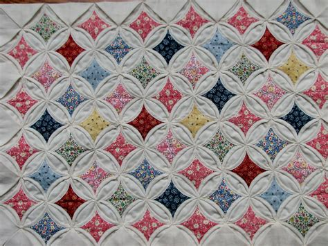 Cathedral Quilt Pattern by Cathedral Window Quilt Edit423