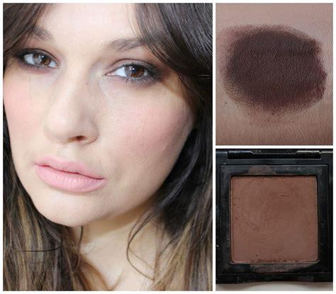 Eyeshadow Coklat by 11 Trik Dandan Yang Nggak Bikin Kamu Kelihatan Kayak Tante