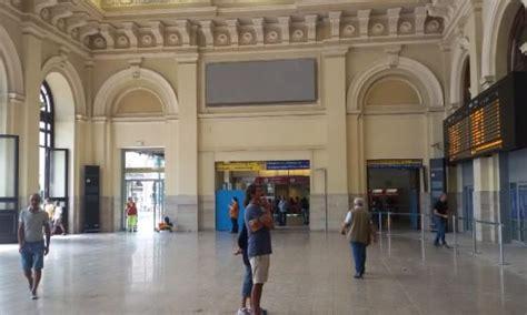 indirizzo porta nuova torino brignole riaperto l atrio della stazione repubblica it