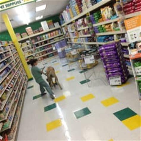 pet supplies plus 11 photos 60 reviews pet stores
