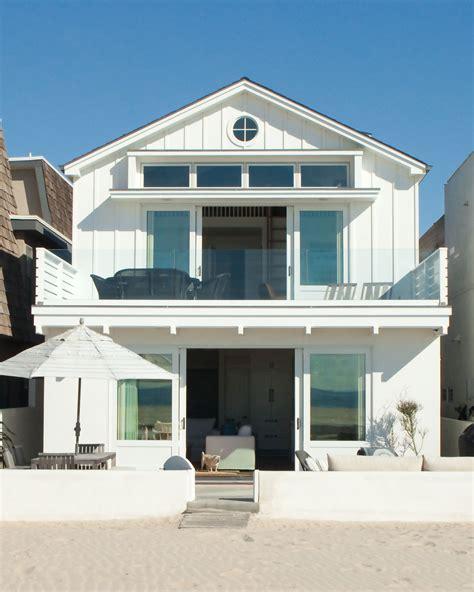 the coastal house 8 striking beach houses on the california coast