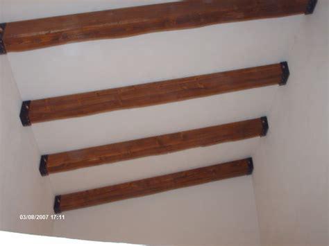 travi legno soffitto travi in legno massello o lamellari a soffitto corso