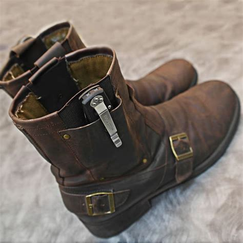 how to wear a boot knife coldsteelknives these boots are made for carry knives
