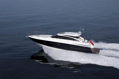 motor boat princess v52 yacht 2012 motor boat of the year award