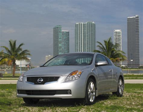 2009 nissan altima 3 5 se coupe 2009 nissan altima coupe 3 5 se review gallery top speed