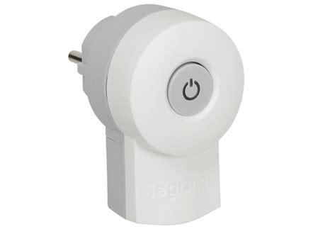 le mit schalter legrand schuko stecker mit beleuchtetem schalter lg 050409