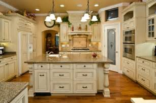 Antique Painted Kitchen Cabinets by How To Paint Kitchen Cabinets Antique Glaze Home Design