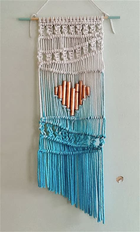 Macrame Wall Hanging Designs - add some boho spirit with these 21 macrame hanging wall