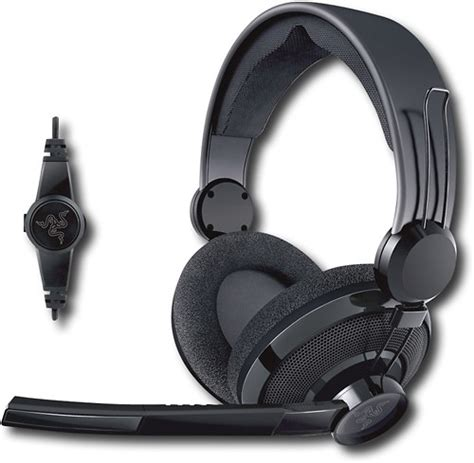 Headphone Razer Carcharias razer carcharias headset rz04 00270100 r3u1 best buy