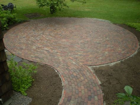 Circular Paver Patio Best Ideas About Circular Patio On Garden Pavers Pattern Using Bricks In Uncategorized