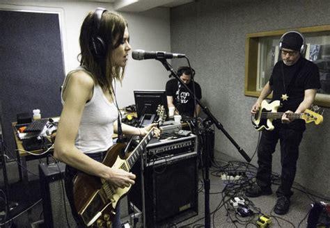live session juliana hatfield three live session jefferson radio