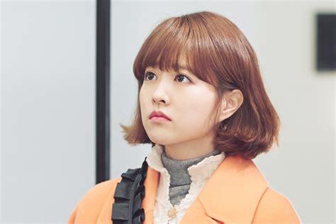 style rambut sedang tren tren rambut pendek berponi ala artis korea ini bikin lu