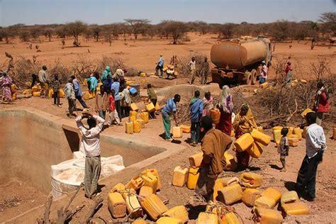 hoy viajamos al cuerno de africa para conocer al que fue un animal l afrique ne manque pas d eau mais sa population manque d