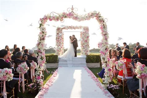 review wedding ceremony preparation works
