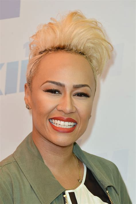female singer with short hair emeli sande fauxhawk short hairstyles lookbook stylebistro